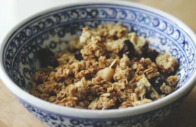 Lose Weight: Oats are considered as one of the healthiest grains available.